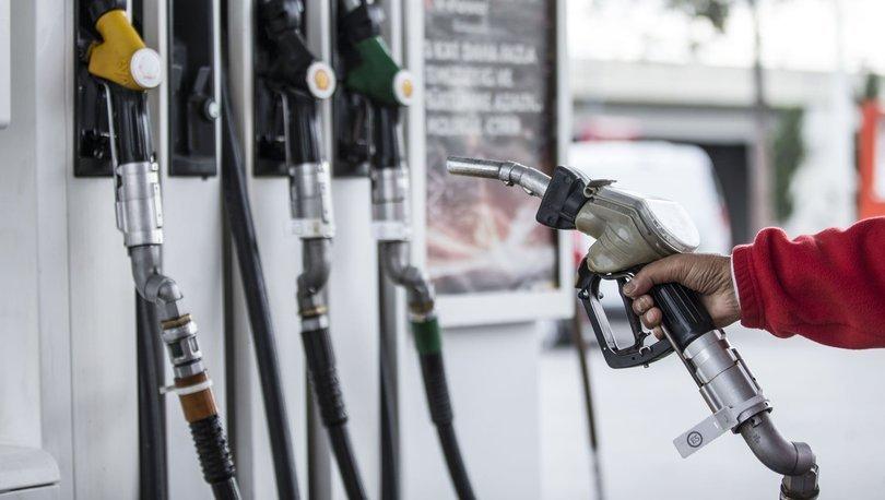 Benzin fiyatlarında yine olağanüstü hareketlilik
