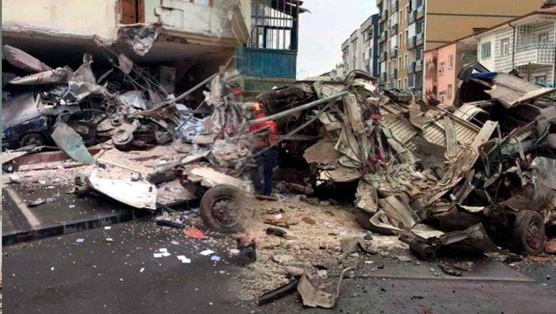 Kamyon, 3 araç ve 1 apartmana çarptı: 2 ölü