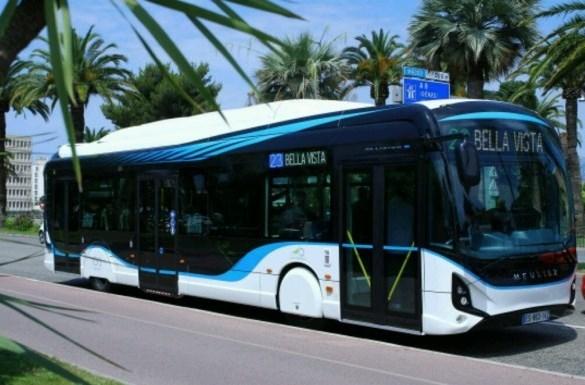 Paris'te tüm otobüsler elektrikli olacak