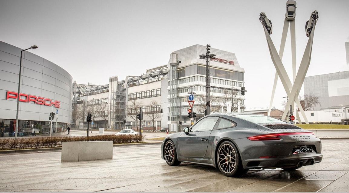 Otomobil devi Porsche'ye baskın