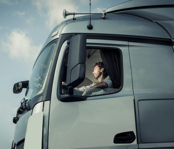 Almanya, on binlerce kamyon şoförü arıyor