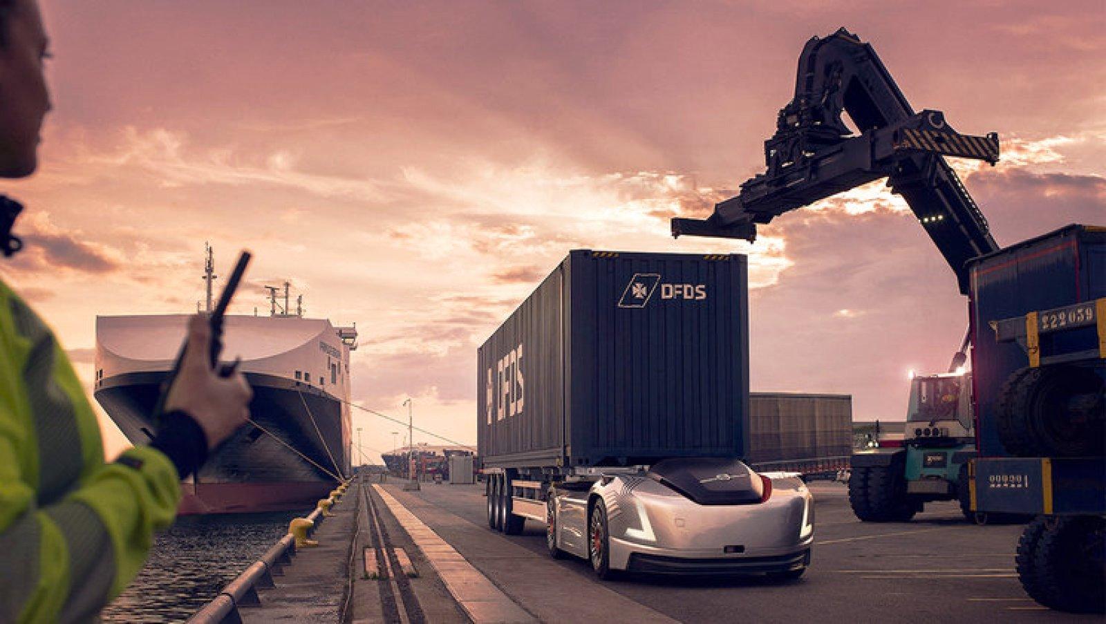 Volvo'nun otonom çekicisi, DFDS'de göreve başladı