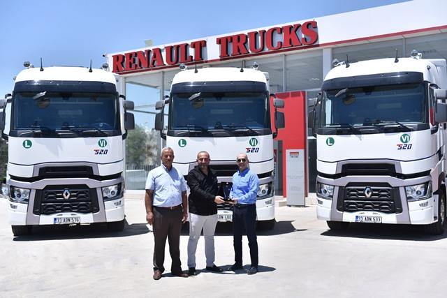 """Global Ekspres """"verimlilik"""" için Renault Trucks'ı seçti"""