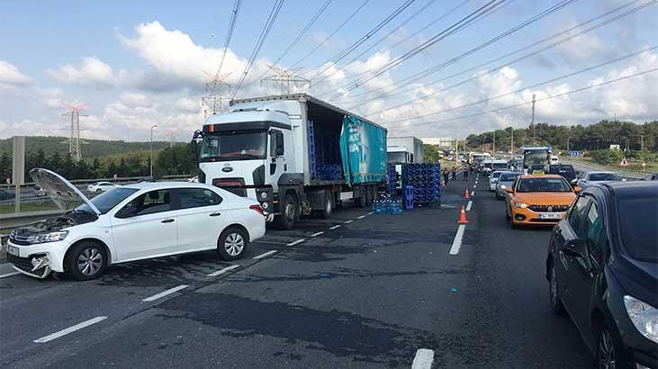 Damacanalar yola saçıldı, 6 araç kaza yaptı