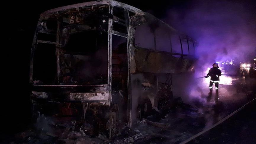 Yine cayır cayır yandı: Olan sektöre oluyor denetleyin şu otobüsleri