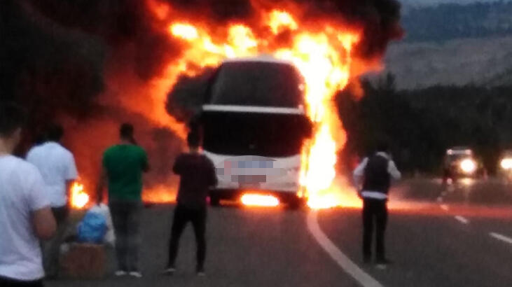 Yine yolcu otobüsü, yine yangın