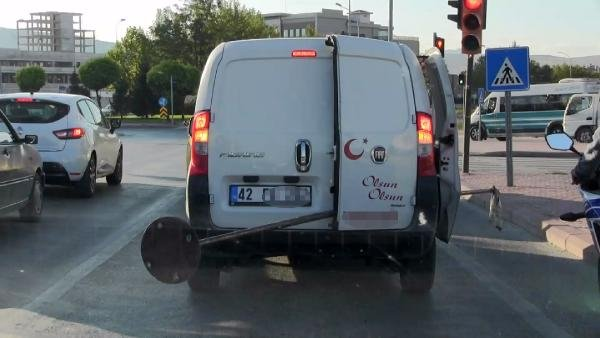 Konya'da hafif ticari araçta tehlikeli taşıma