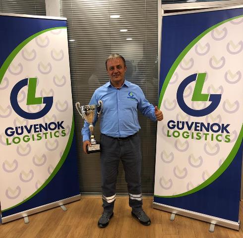 DAF Türkiye'nin şampiyonu Güvenok Lojistik'ten Turhan Öz
