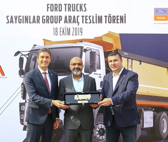 Saygınlar, havaalanı inşaatında Ford Trucks kullanacak