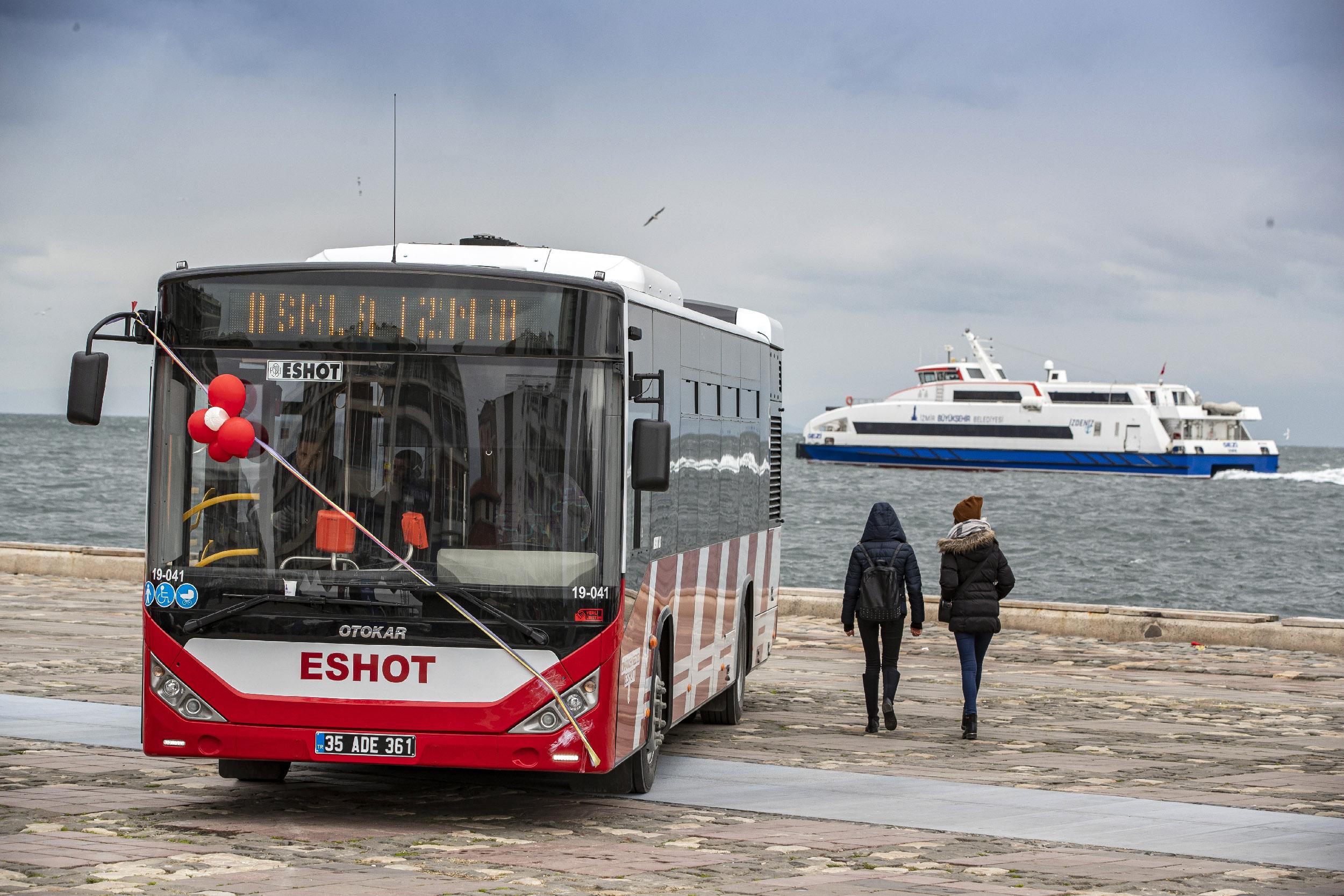 Yılın son teslimatı Otokar'dan ESHOT'a