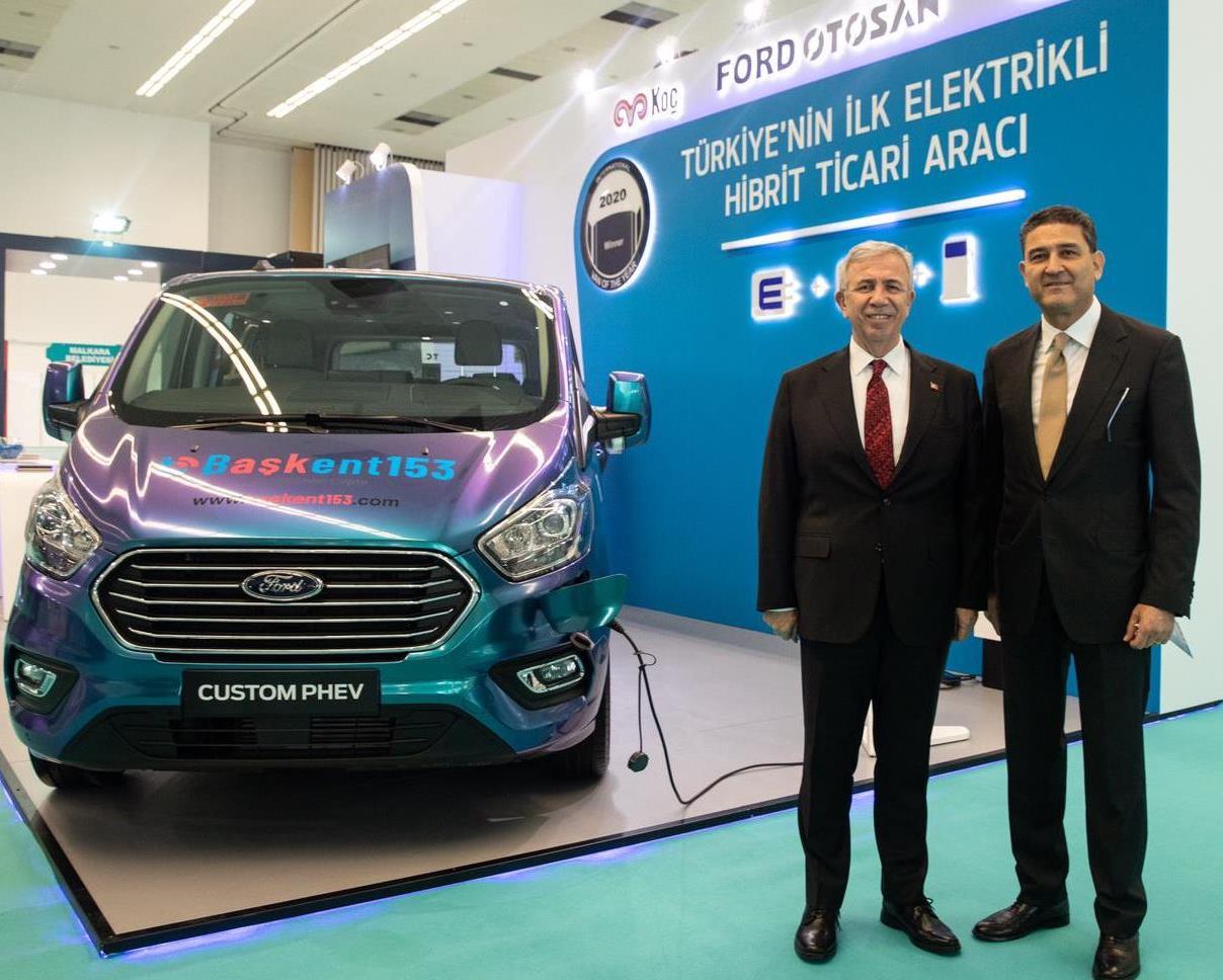 Şarj edilebiliyor, hibrit ve yerli: Ford Custom PHEV