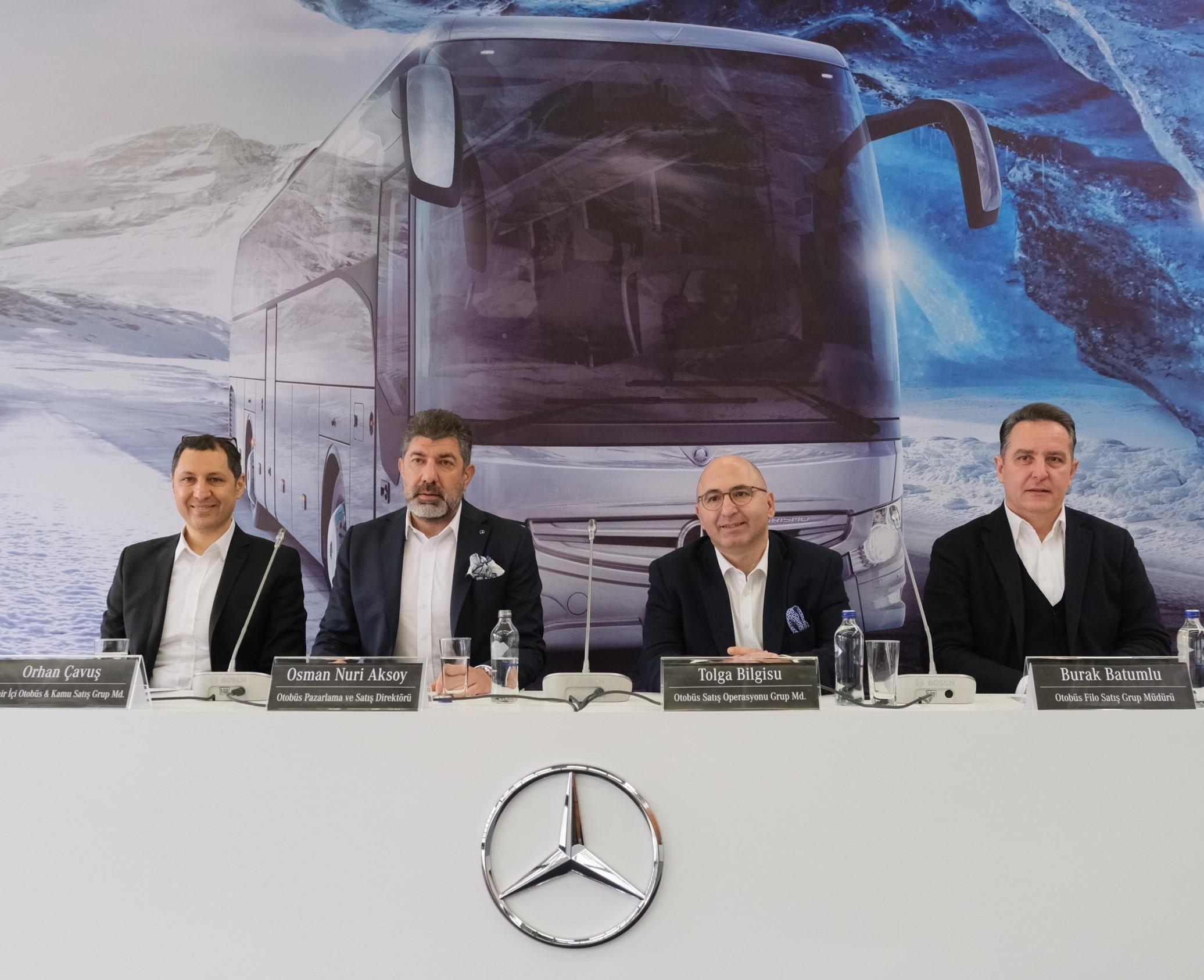 """""""Metrobüslerin %98'i Mercedes, en çok Doğu'da varız"""""""