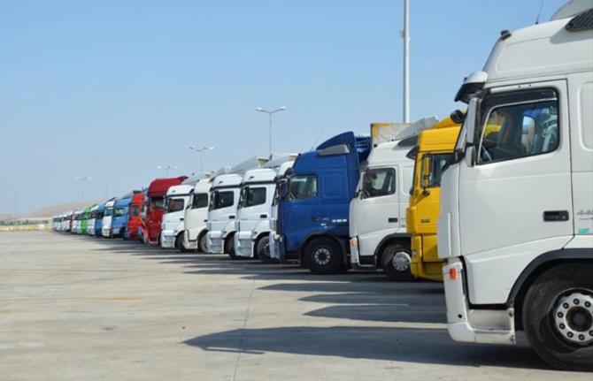 Türk şoförler Türkmenistan'da mahsur kaldı