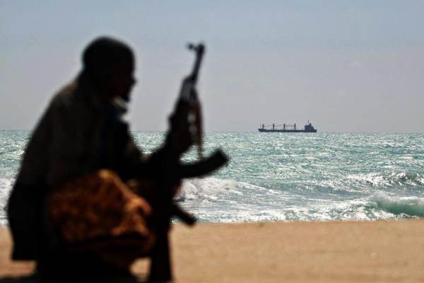 Deniz haydutları MSC gemisinden 7 mürettebatı kaçırdı