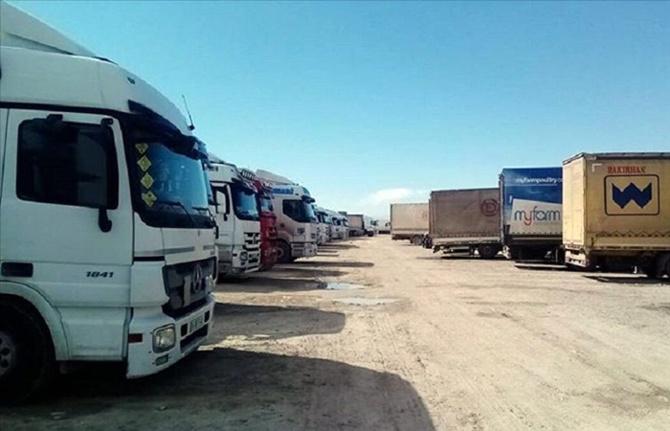 Kapıkule'de 1.000 araç yükleriyle karantinada bekliyor
