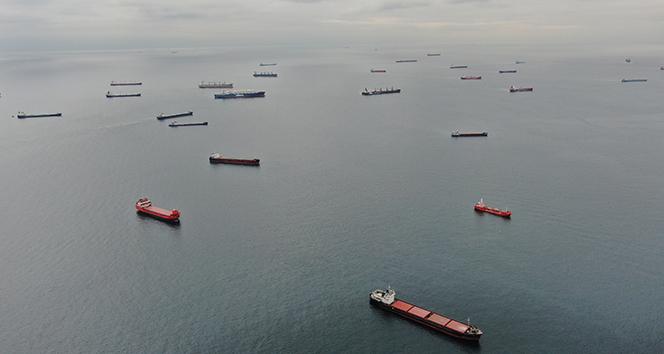 """Gemiler yanaşamıyor, yeni krizin adı """"demuraj"""" olacak"""