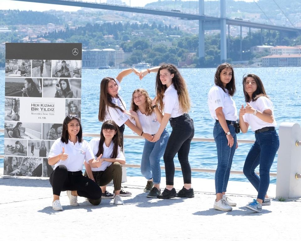 Mercedes, 16 yıldır Türk gençlerinin yanında