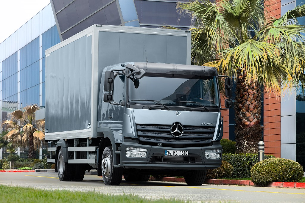 500 bin TL kredi imkanıyla Mercedes kamyonlar