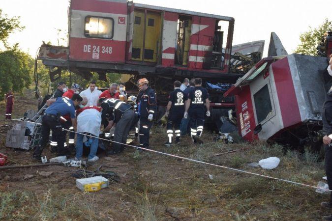 Malatya'da iki yük treni kafa kafaya çarpıştı