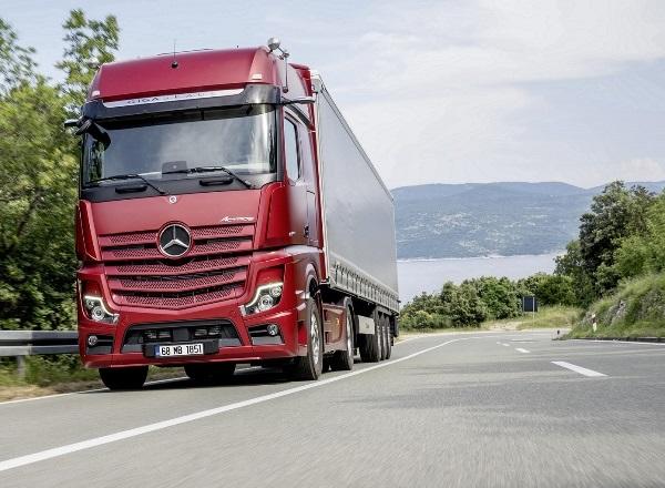 Mercedes kamyonlarda ağustosa özel fırsatlar