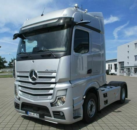 Mercedes, yılın en büyük çekici teslimatını yapacak