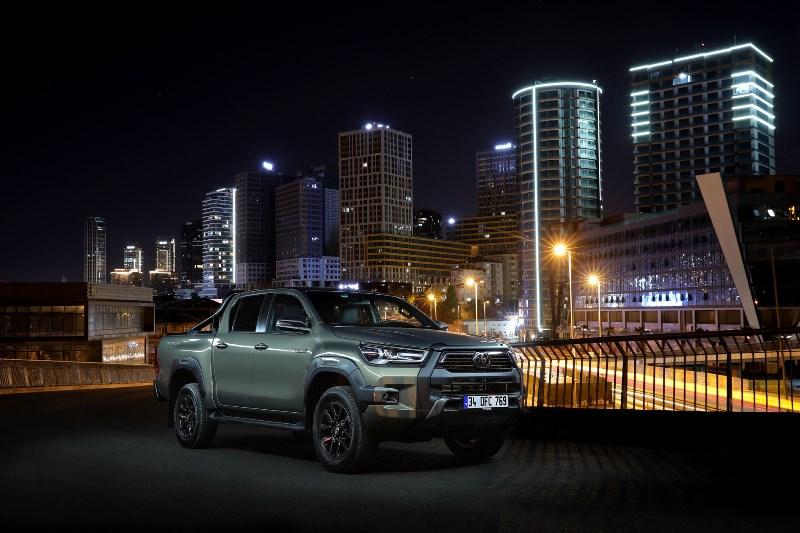Yeni Toyota Hilux konfor ve teknolojisiyle öne çıkacak