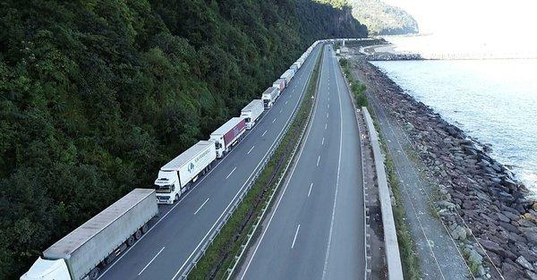 Türk TIR'larına Ermeni saldırıları arttı, Aktaş Sınır Kapısı kapandı