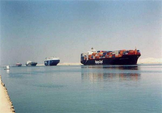 Egypt to Build New Suez Canal