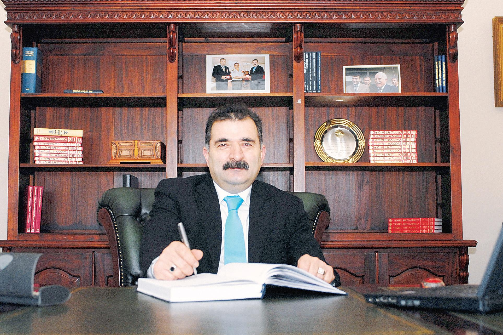 Hollanda'da gözü kara bir Türk girişimcisi: Turgut Torunoğulları