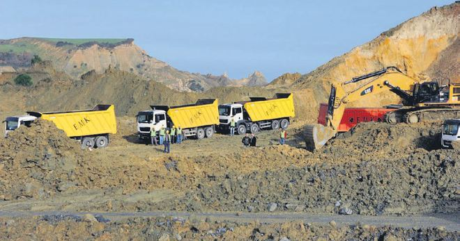 3. Havalimanına çalışan kamyona mazot 1.5 lira