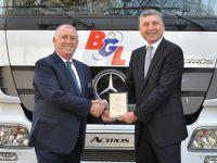 Mercedes'ten Cumhuriyet tarihinin en büyük kamyon teslimatı
