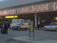 PKK'lı teröristler yolcu uçağına ateş etti!