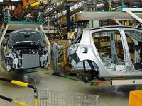 Otomotiv sektöründe 'sert fren' sürüyor