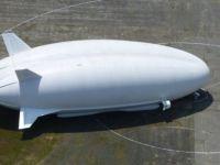 Dünyanın en büyük hava aracı ilk uçuşunu yaptı
