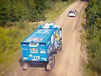 1000 beygirlik kamyon, ralli aracına karşı!