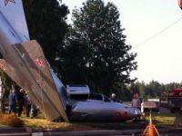 Savaş uçağı yere çakıldı