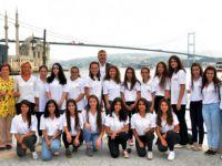 Mercedes-Benz Türk'ten 3950 kız öğrenciye büyük destek