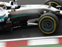 Mercedes AMG Petronas Amerika'da yine zirve peşinde