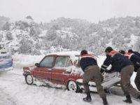 Karlı havada otomobili nasıl kullanmalısınız