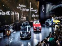 Mercedes-Benz, yeni modellerini tanıtıyor
