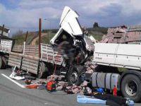Trafik kazalarında 4 bine yakın insan hayatını kaybetti