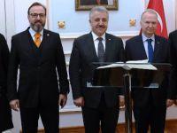 Bakan Arslan TÜLOMSAŞ'ı ziyaret etti