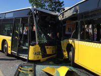 İki metrobüs kafa kafaya çarpıştı