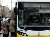 Toplu taşımada yaşlılara yer vermeyin!!!