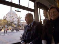 Erdoğan ve Sabancı elektrikli otobüsle geldiler