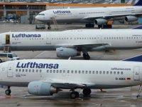 Lufthansa'nın Air Berlin varlıklarını satın almasına onay