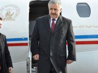 Arslan: Havayolu ağında yolcu sayısı rekor seviyeye erişti