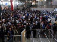 Atatürk Havalimanı pasaport kontrolünde kriz!