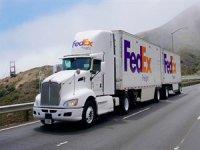 Tam elektrikli tır Tesla Semi siparişi verenlerin arasına FedEx de eklendi