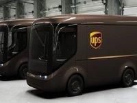 UPS'in Londra ve Fransa'ya özel kargo araçları